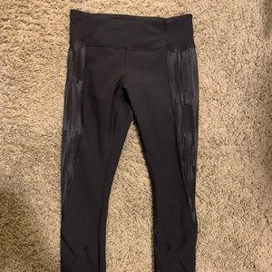 LuluLemon Black Patterned leggings